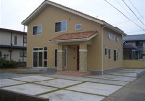 秋田市広面の家